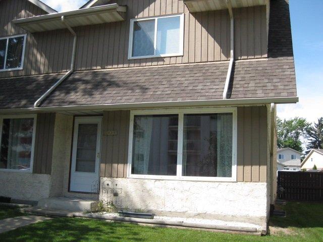 Main Photo: 18030 95A Avenue in Edmonton: Zone 20 House Half Duplex for sale : MLS®# E4168178