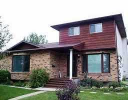 Main Photo: 42 CLOUSTON Drive in WINNIPEG: Transcona Residential for sale (North East Winnipeg)  : MLS®# 2213054