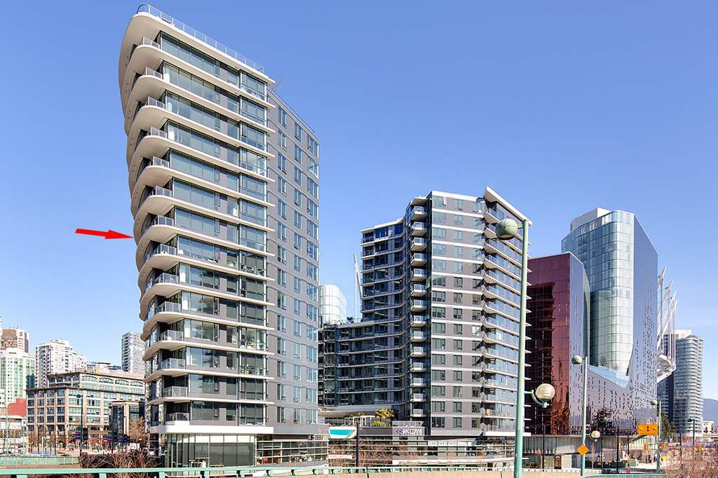 "Main Photo: 1210 68 SMITHE Street in Vancouver: Downtown VW Condo for sale in ""ONE Pacific"" (Vancouver West)  : MLS®# R2405438"