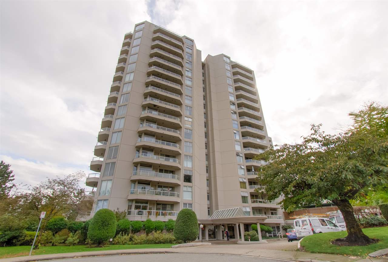 "Main Photo: 504 71 JAMIESON Court in New Westminster: Fraserview NW Condo for sale in ""PALACE QUAY"" : MLS®# R2503066"