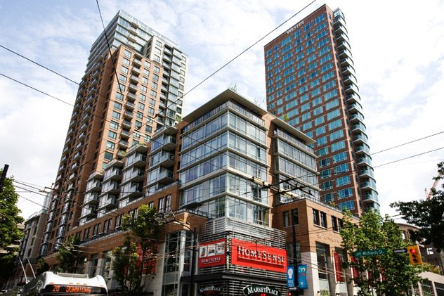 """Photo 2: Photos: 1007 788 RICHARDS Street in Vancouver: Downtown VW Condo for sale in """"L'HERMITAGE"""" (Vancouver West)  : MLS®# V815597"""