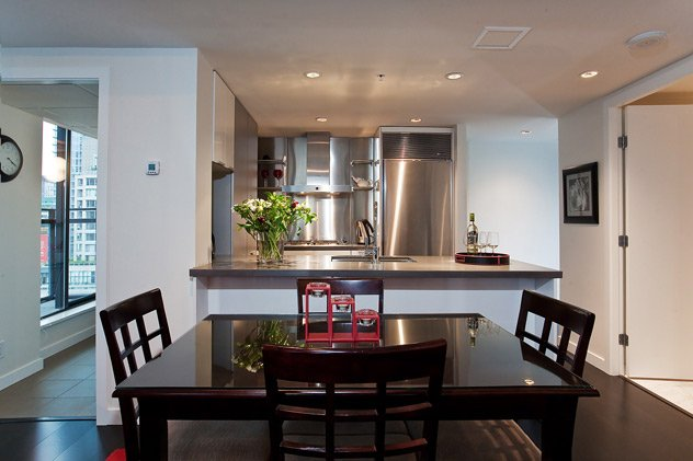 """Photo 11: Photos: 1007 788 RICHARDS Street in Vancouver: Downtown VW Condo for sale in """"L'HERMITAGE"""" (Vancouver West)  : MLS®# V815597"""
