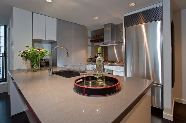 """Photo 7: Photos: 1007 788 RICHARDS Street in Vancouver: Downtown VW Condo for sale in """"L'HERMITAGE"""" (Vancouver West)  : MLS®# V815597"""