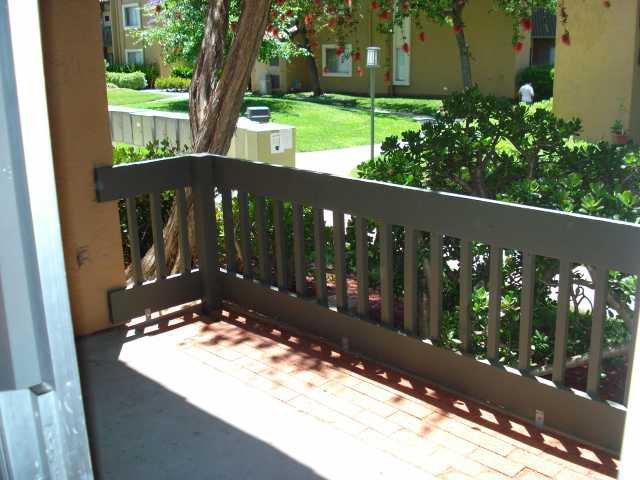 Photo 9: Photos: RANCHO BERNARDO Condo for sale : 2 bedrooms : 17189 Bernardo #103 in San Diego