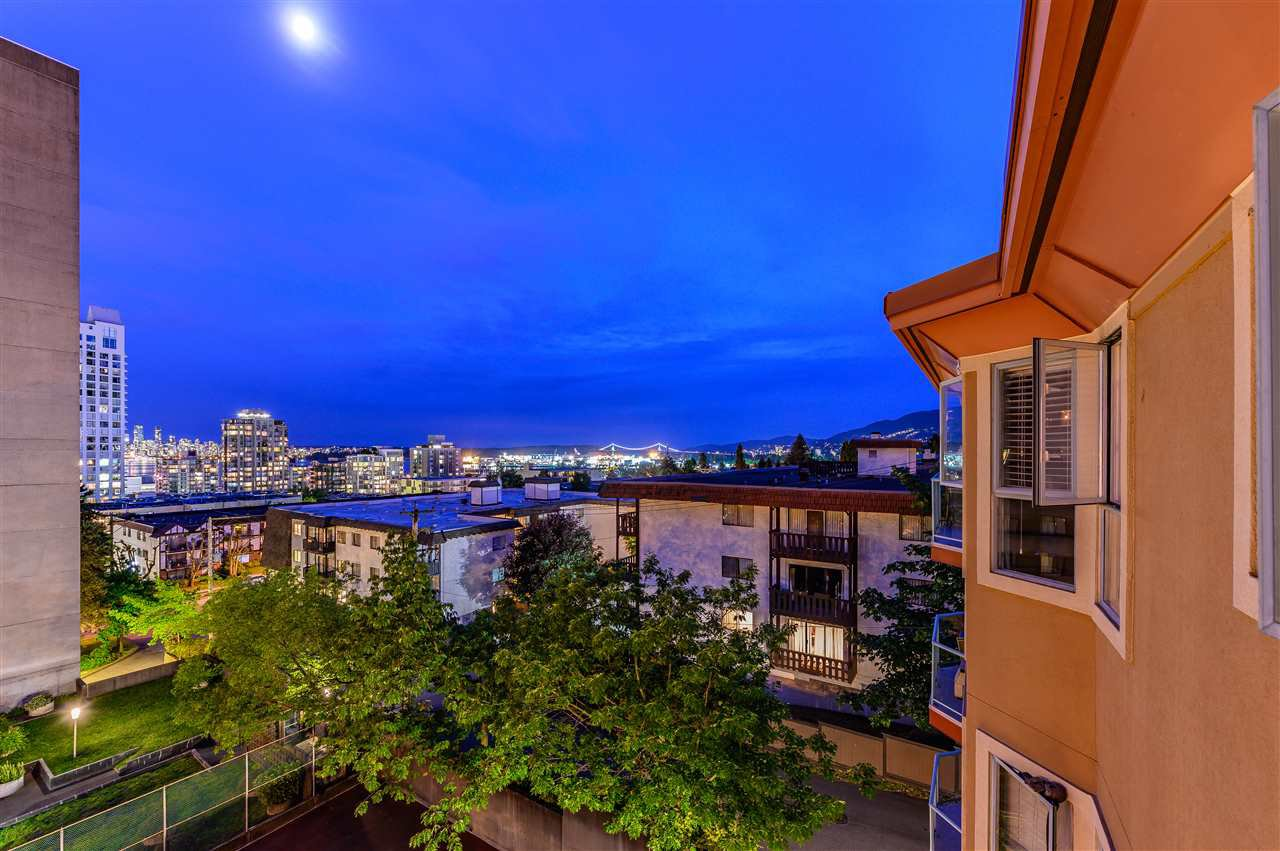 Photo 20: Photos: 402 111 W 5TH STREET in North Vancouver: Lower Lonsdale Condo for sale : MLS®# R2378514