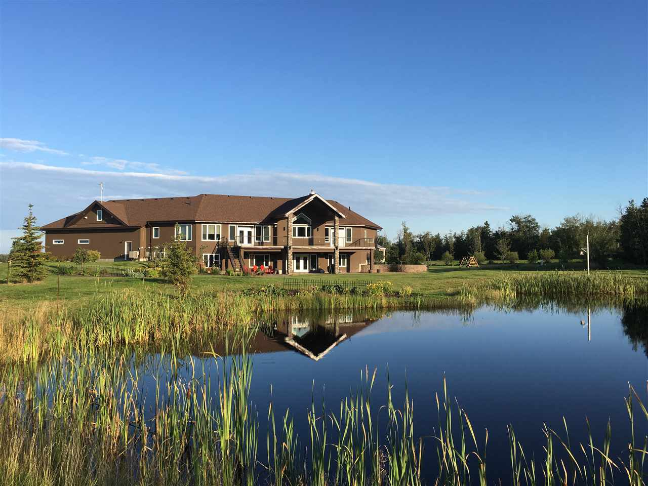 Main Photo: 49330 RR 260: Rural Leduc County House for sale : MLS®# E4172921
