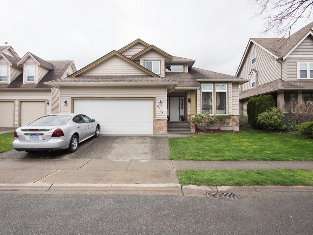 "Main Photo: 6819 SHEFFIELD Way in Chilliwack: Sardis East Vedder Rd House for sale in ""SARDIS PARK"" (Sardis)  : MLS®# R2463147"
