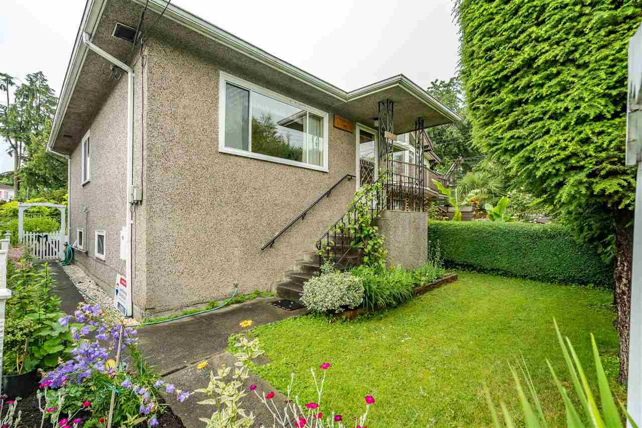 Main Photo: 1736 E 28TH Avenue in Vancouver: Victoria VE House for sale (Vancouver East)  : MLS®# R2468867