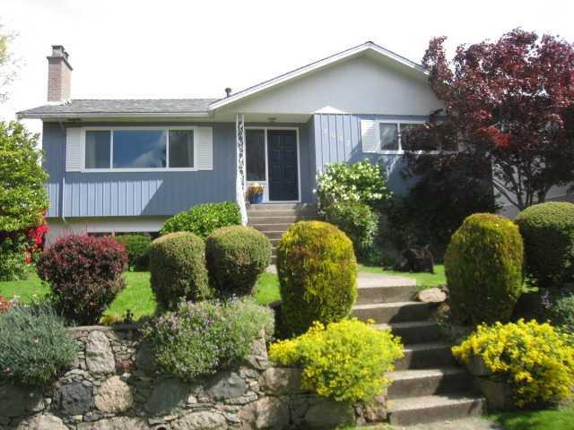 """Main Photo: 3037 ROSEMONT Drive in Vancouver: Fraserview VE House for sale in """"FRASERVIEW"""" (Vancouver East)  : MLS®# V827473"""