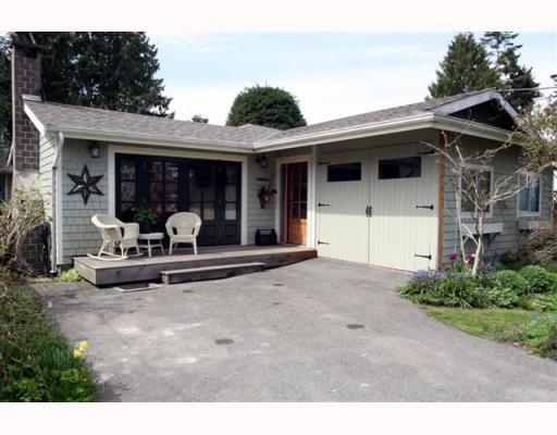 "Main Photo: 1621 ENDERBY Avenue in Tsawwassen: Beach Grove House for sale in ""BEACH GROVE"" : MLS®# V762630"