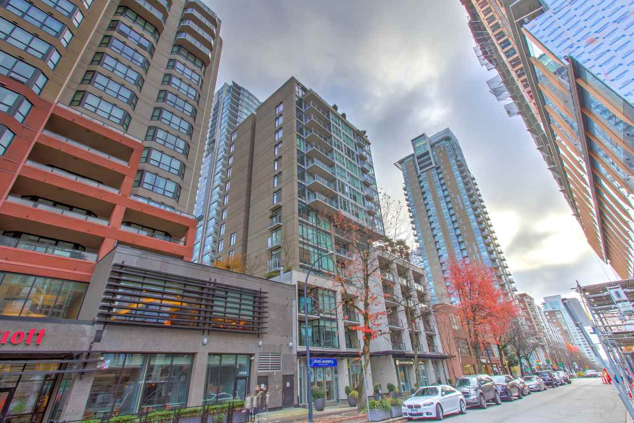 "Main Photo: 201 1252 HORNBY Street in Vancouver: Downtown VW Condo for sale in ""PURE"" (Vancouver West)  : MLS®# R2419767"
