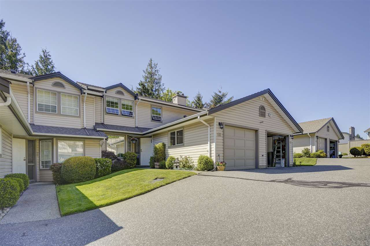 "Photo 1: Photos: 22 2803 MARBLE HILL Drive in Abbotsford: Abbotsford East Townhouse for sale in ""Marble Hill Place"" : MLS®# R2455033"