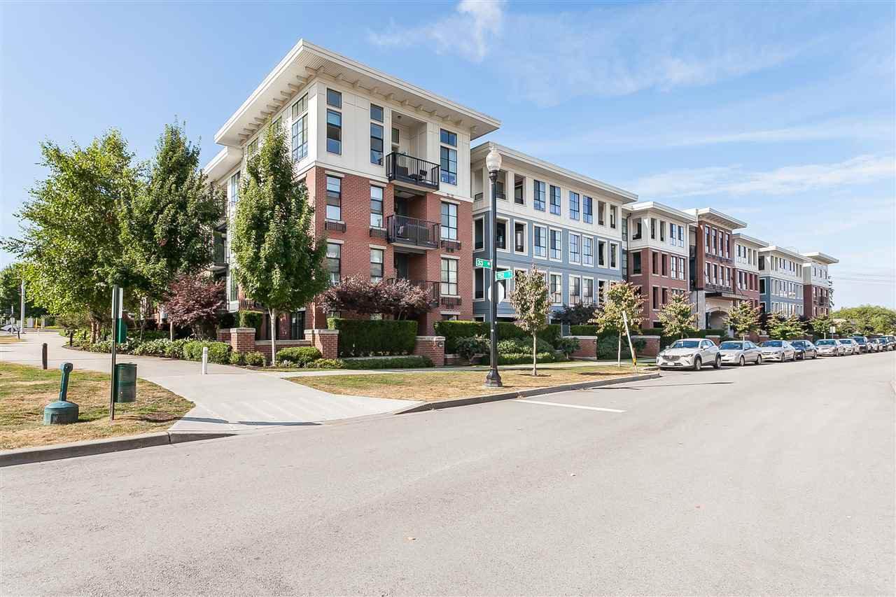 """Main Photo: 217 15168 33 Avenue in Surrey: Morgan Creek Condo for sale in """"Elgin House"""" (South Surrey White Rock)  : MLS®# R2518880"""