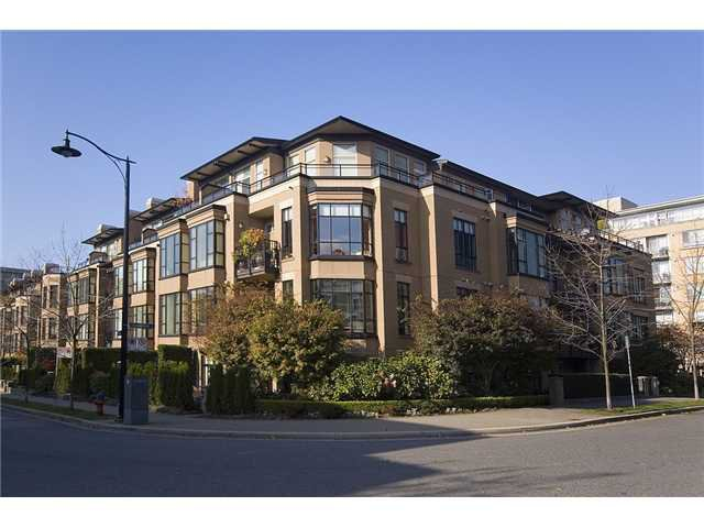"Main Photo: 362 2175 SALAL Drive in Vancouver: Kitsilano Condo for sale in ""SAVONA"" (Vancouver West)  : MLS®# V853125"