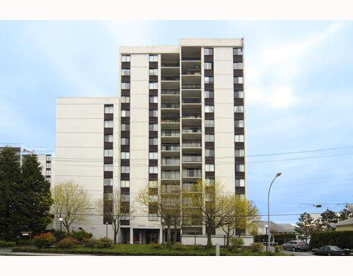 """Main Photo: 1007 7100 GILBERT Road in Richmond: Brighouse South Condo for sale in """"TOWER ON THE PARK"""" : MLS®# V761953"""
