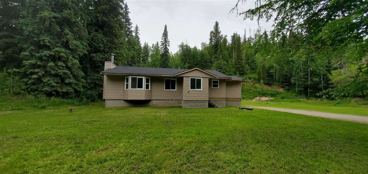"Main Photo: 1580 FRASER FLATS Road in Prince George: Old Summit Lake Road House for sale in ""FRASER FLATS / OLD SUMMIT LAKE RD"" (PG City North (Zone 73))  : MLS®# R2463386"