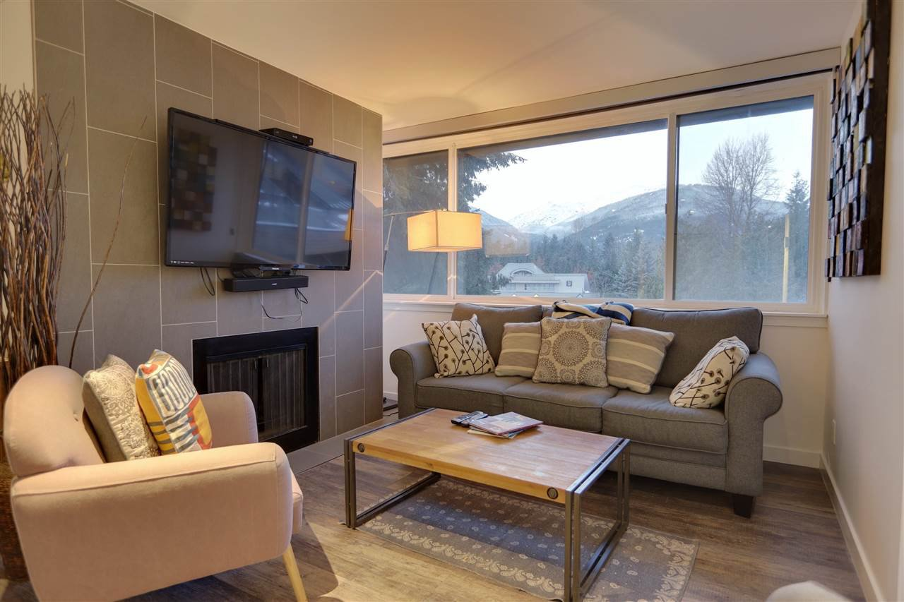 """Main Photo: 303 4111 GOLFERS APPROACH in Whistler: Whistler Village Condo for sale in """"Windwhistle"""" : MLS®# R2519639"""
