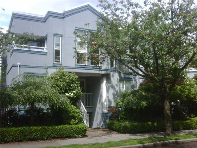 "Main Photo: 23 877 W 7TH Avenue in Vancouver: Fairview VW Townhouse for sale in ""EMERALD COURT"" (Vancouver West)  : MLS®# V834618"