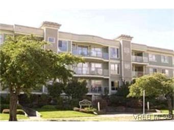 Main Photo:  in VICTORIA: Vi Downtown Condo Apartment for sale (Victoria)  : MLS®# 382578