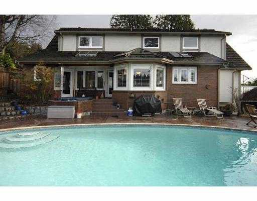 Photo 2: Photos: 1875 26TH Avenue in West_Vancouver: Queens House for sale (West Vancouver)  : MLS®# V750703