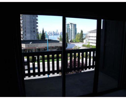 Main Photo: 209 170 E 3RD Street in North_Vancouver: Lower Lonsdale Condo for sale (North Vancouver)  : MLS®# V768327