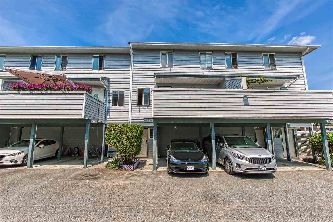 "Main Photo: 17 3410 COAST MERIDIAN Road in Port Coquitlam: Lincoln Park PQ Townhouse for sale in ""AVONDALE"" : MLS®# R2392885"