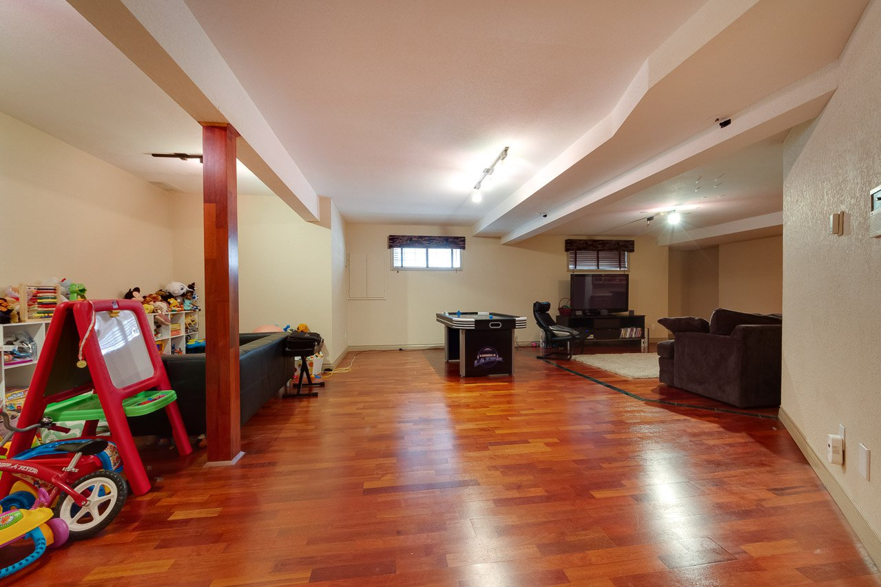 Photo 42: Photos: 116 weaver Drive in Edmonton: Wedgewood House for sale