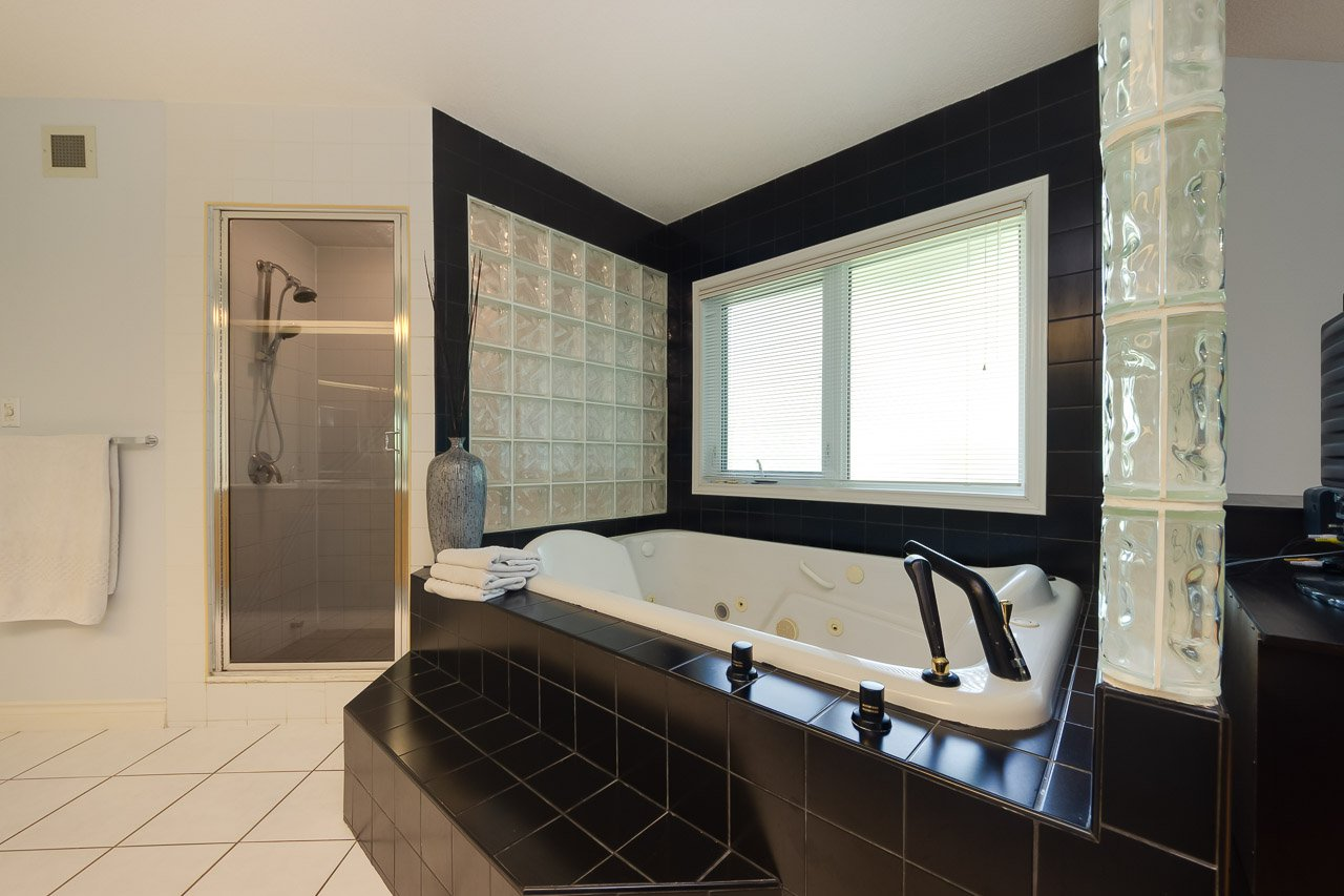 Photo 31: Photos: 116 weaver Drive in Edmonton: Wedgewood House for sale