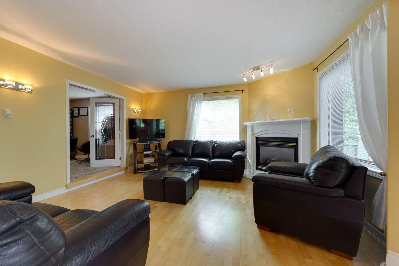 Photo 20: Photos: 116 weaver Drive in Edmonton: Wedgewood House for sale