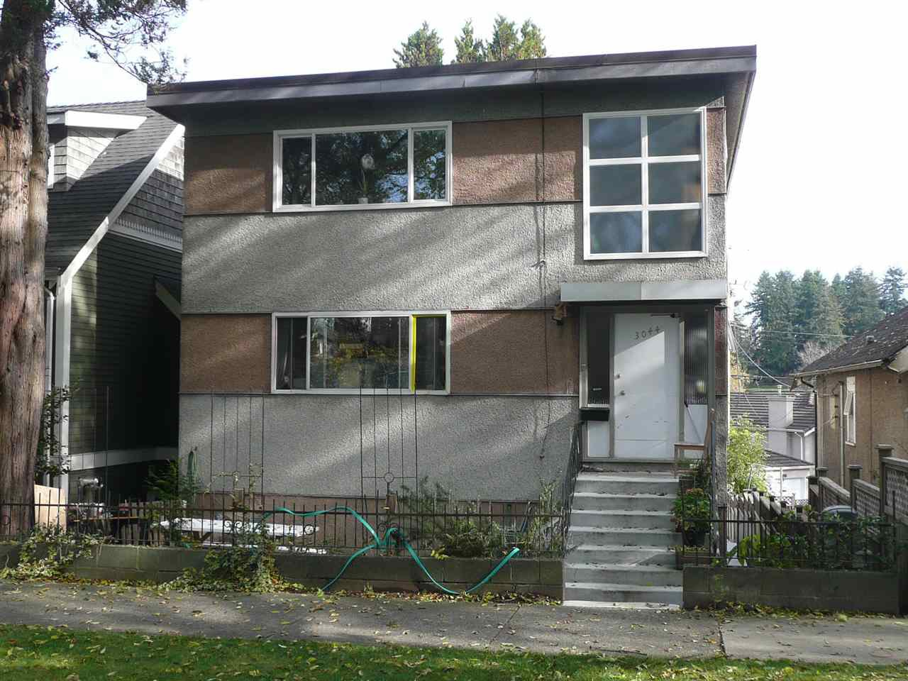 Main Photo: 3044 CLARK Drive in Vancouver: Grandview Woodland House Duplex for sale (Vancouver East)  : MLS®# R2417657