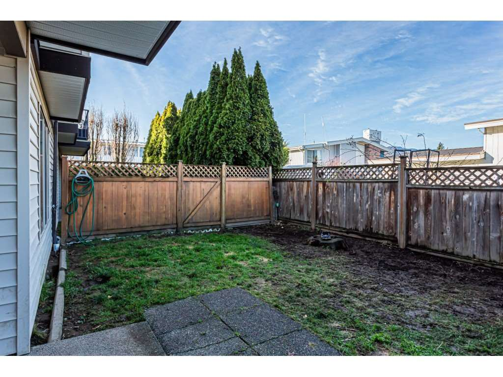 """Photo 19: Photos: 5 46151 AIRPORT Road in Chilliwack: Chilliwack E Young-Yale Townhouse for sale in """"AVION"""" : MLS®# R2423749"""
