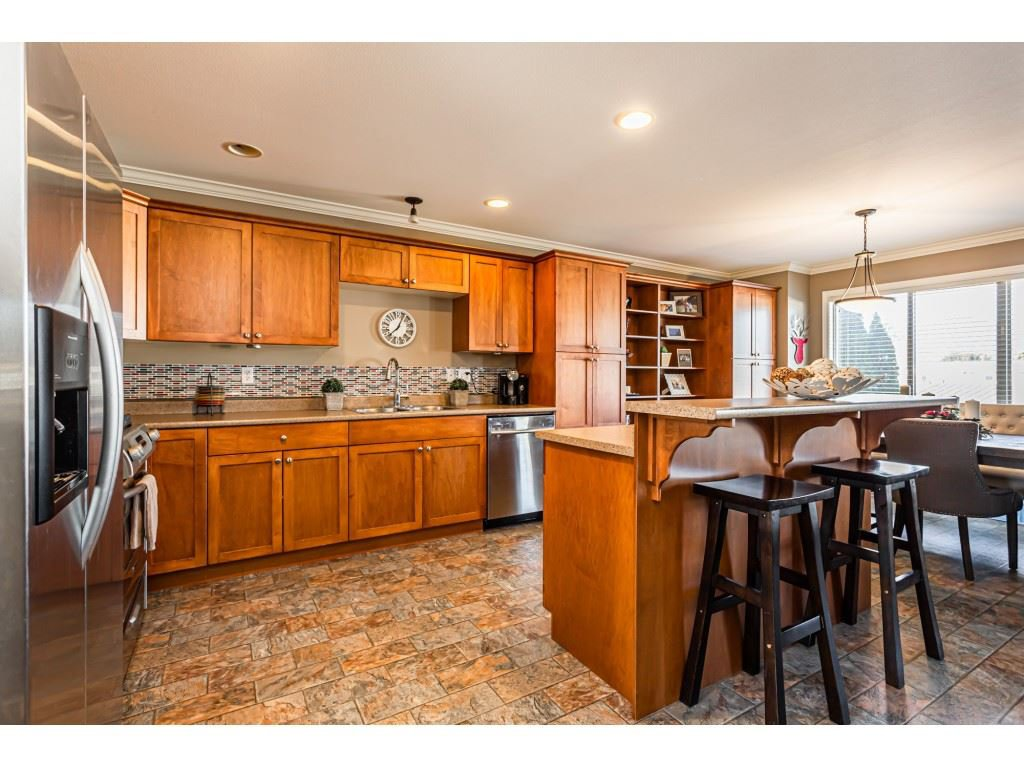 """Photo 10: Photos: 5 46151 AIRPORT Road in Chilliwack: Chilliwack E Young-Yale Townhouse for sale in """"AVION"""" : MLS®# R2423749"""