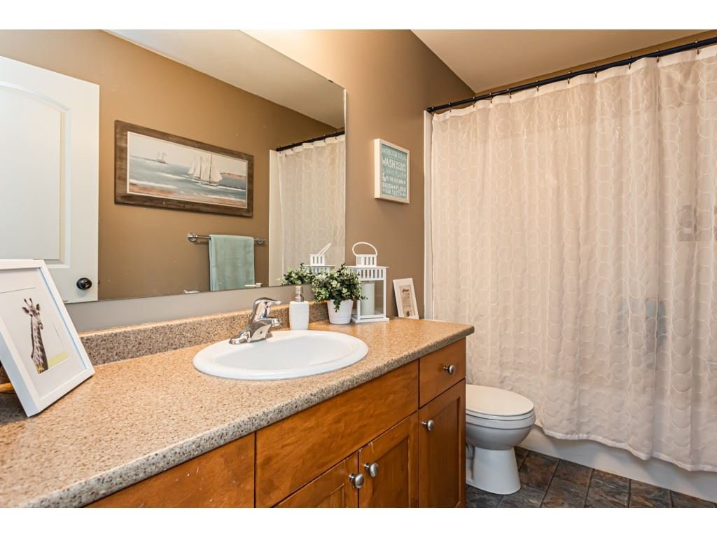 """Photo 18: Photos: 5 46151 AIRPORT Road in Chilliwack: Chilliwack E Young-Yale Townhouse for sale in """"AVION"""" : MLS®# R2423749"""