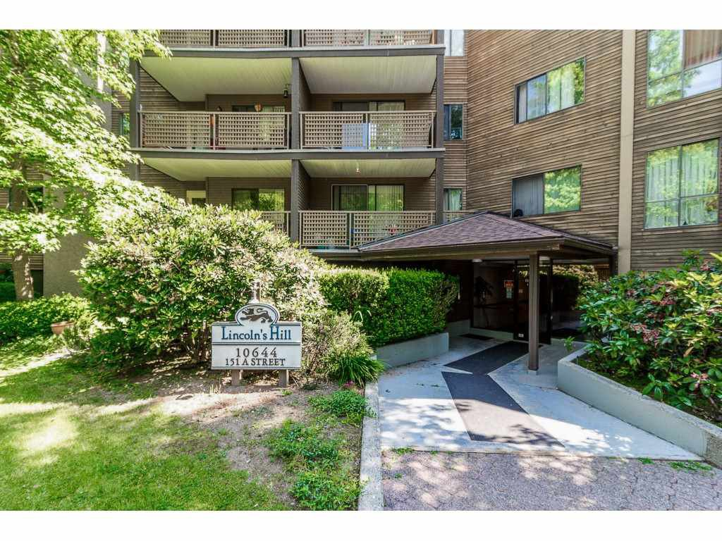 "Main Photo: 105 10644 151A Street in Surrey: Guildford Condo for sale in ""LINCOLN'S HILL"" (North Surrey)  : MLS®# R2431314"