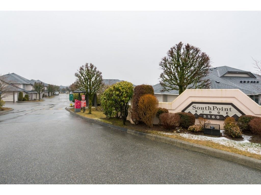 Main Photo: 154 3160 TOWNLINE ROAD in : Abbotsford West Townhouse for sale : MLS®# R2375346