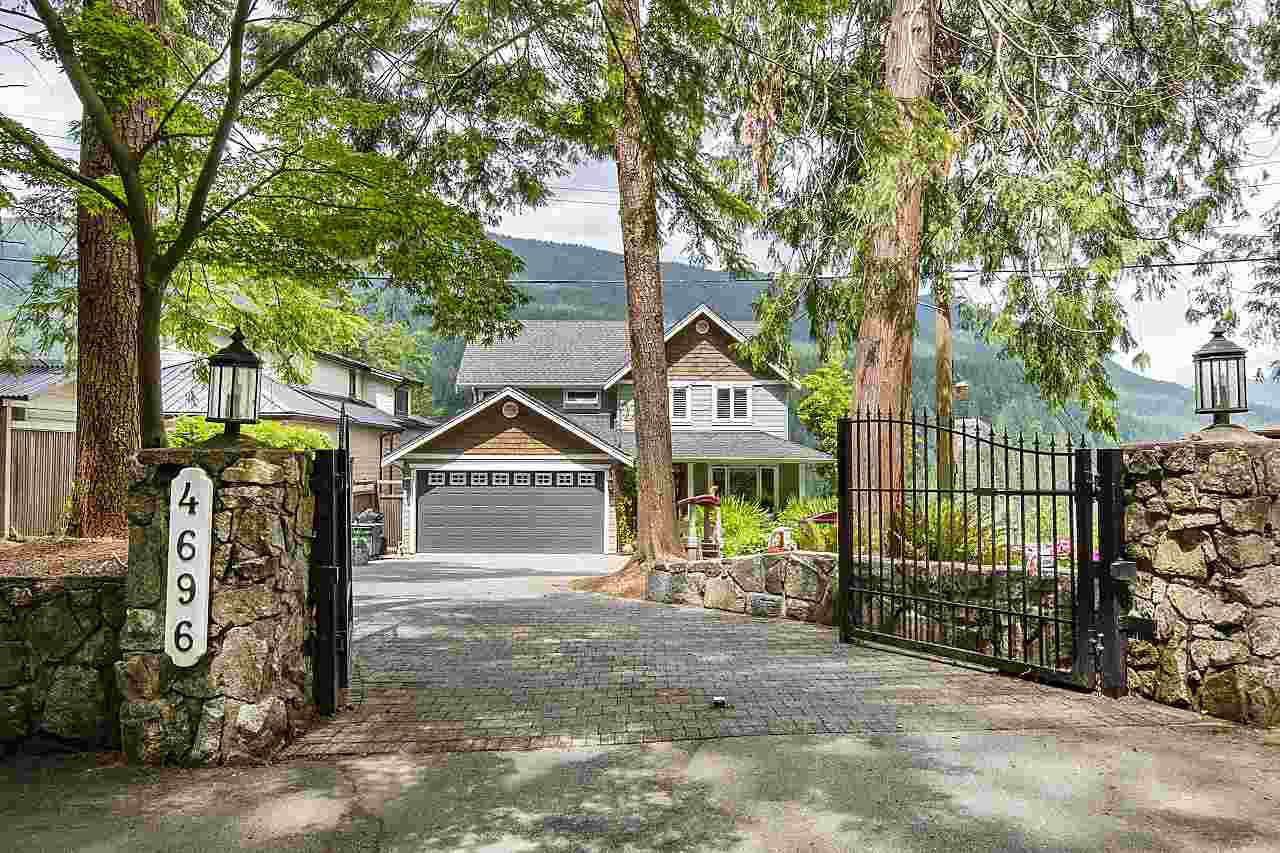 Main Photo: 4696 EASTRIDGE Road in North Vancouver: Deep Cove House for sale : MLS®# R2467614