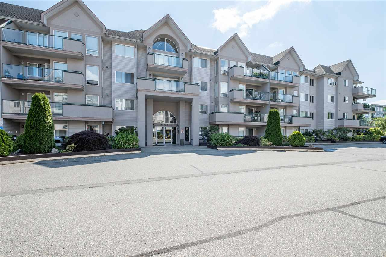 """Main Photo: 211 33728 KING Road in Abbotsford: Central Abbotsford Condo for sale in """"College Park Place"""" : MLS®# R2486380"""