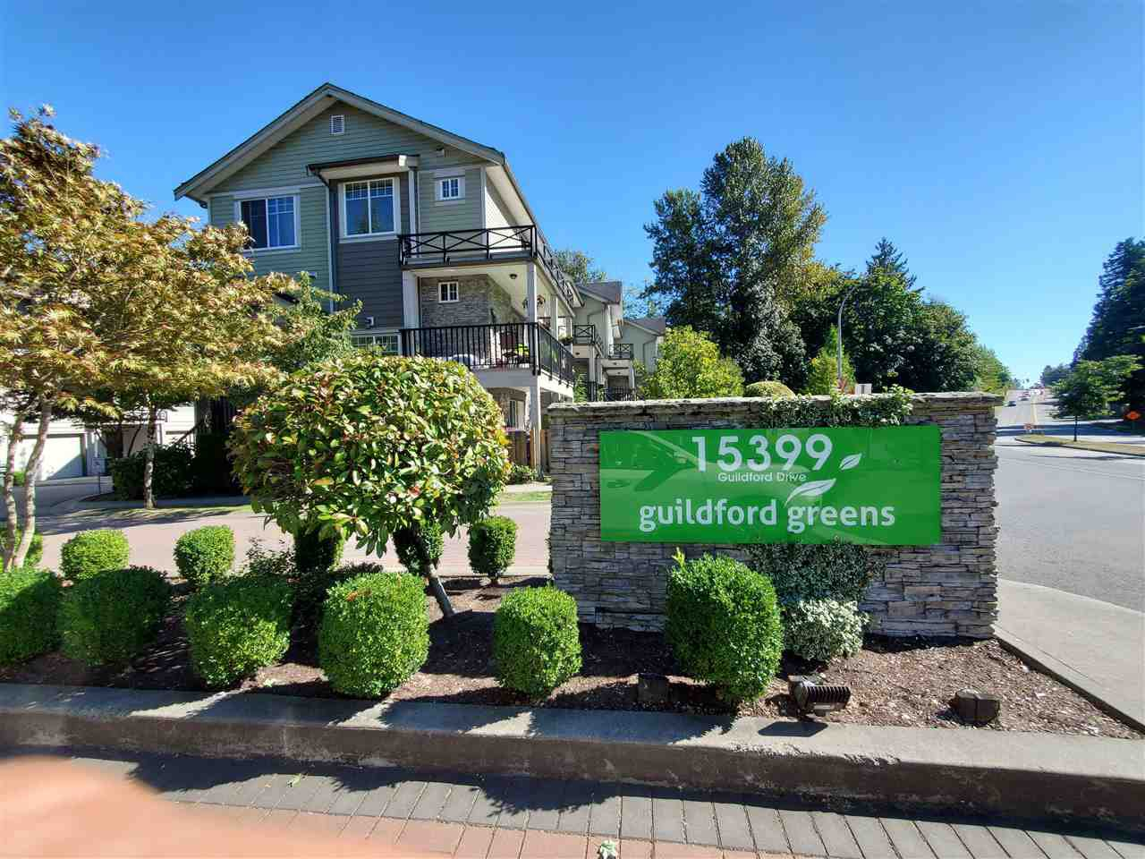 """Main Photo: 53 15399 GUILDFORD Drive in Surrey: Guildford Townhouse for sale in """"GUILDFORD GREEN"""" (North Surrey)  : MLS®# R2494863"""