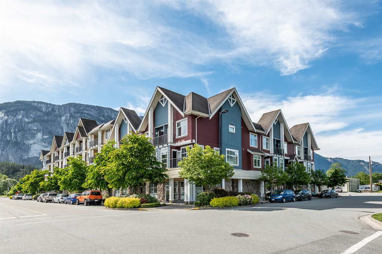 "Main Photo: 414 1336 MAIN Street in Squamish: Downtown SQ Condo for sale in ""The Artisan"" : MLS®# R2497617"