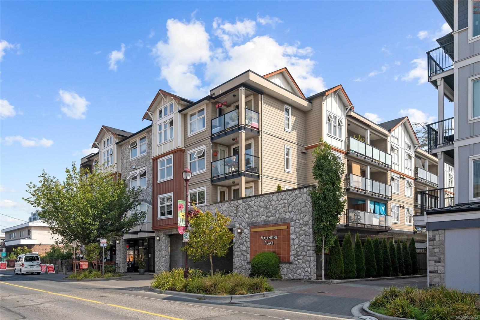 Main Photo: 315 2829 Peatt Rd in : La Langford Proper Condo Apartment for sale (Langford)  : MLS®# 855653