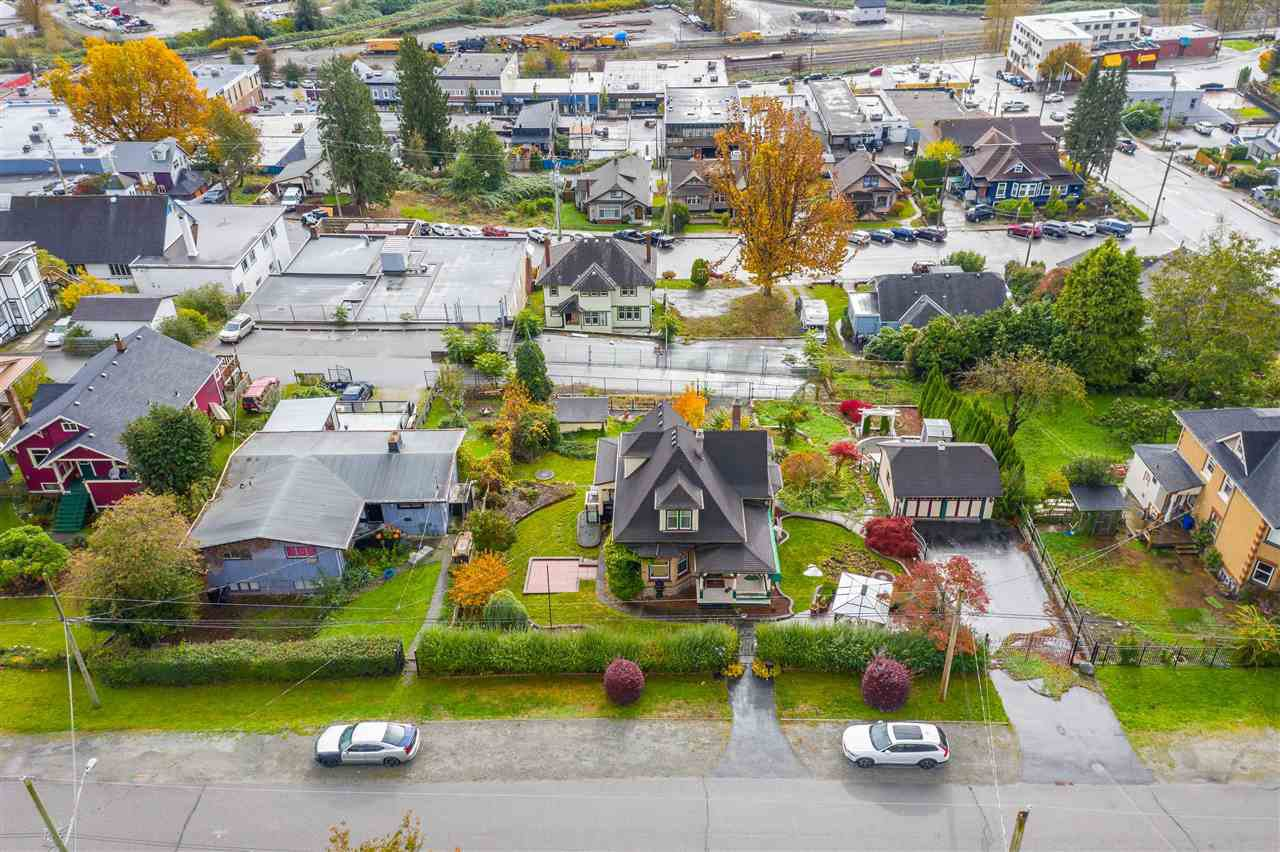 Main Photo: 33046 3RD Avenue: Land Commercial for sale in Mission: MLS®# C8034960