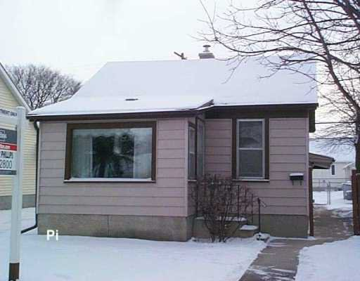 Main Photo: 16 BLENHEIM Avenue in WINNIPEG: St Vital Residential for sale (South East Winnipeg)  : MLS®# 2719824