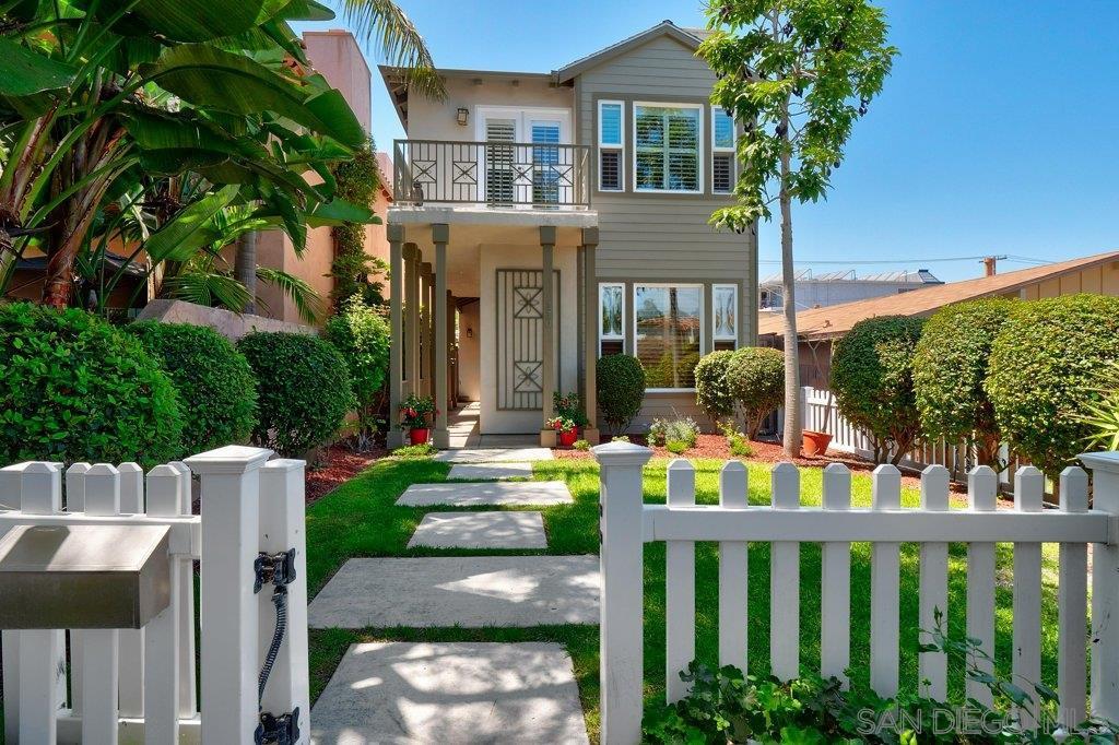 Main Photo: CORONADO VILLAGE House for sale : 4 bedrooms : 330 C Avenue in Coronado