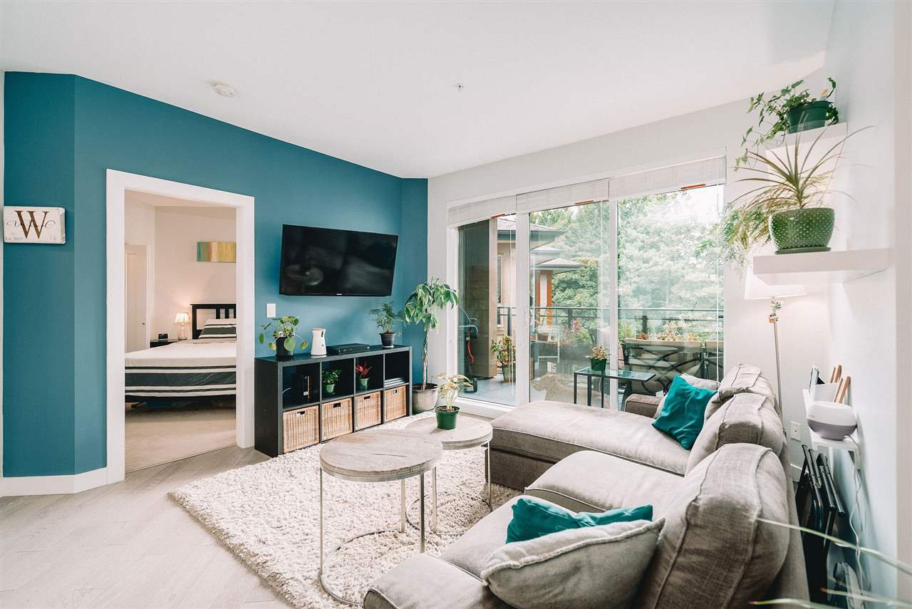 """Main Photo: 401 3399 NOEL Drive in Burnaby: Sullivan Heights Condo for sale in """"Cameron"""" (Burnaby North)  : MLS®# R2496147"""