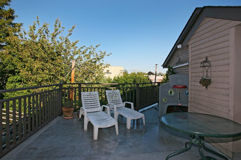 Photo 10: Photos: 8672 SW MARINE Drive in Vancouver: Marpole Townhouse for sale (Vancouver West)  : MLS®# V789020