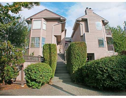 Main Photo: 8672 SW MARINE Drive in Vancouver: Marpole Townhouse for sale (Vancouver West)  : MLS®# V789020