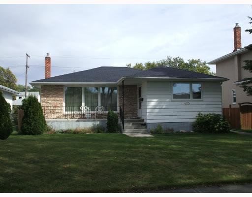 Main Photo: 435 MCADAM Avenue in WINNIPEG: West Kildonan / Garden City Single Family Detached for sale (North West Winnipeg)  : MLS®# 2717446