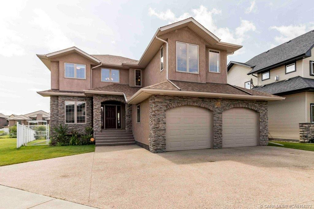 Main Photo: 42 Oaklands Crescent in Red Deer: RR Oriole Park West Residential for sale : MLS®# CA0184372