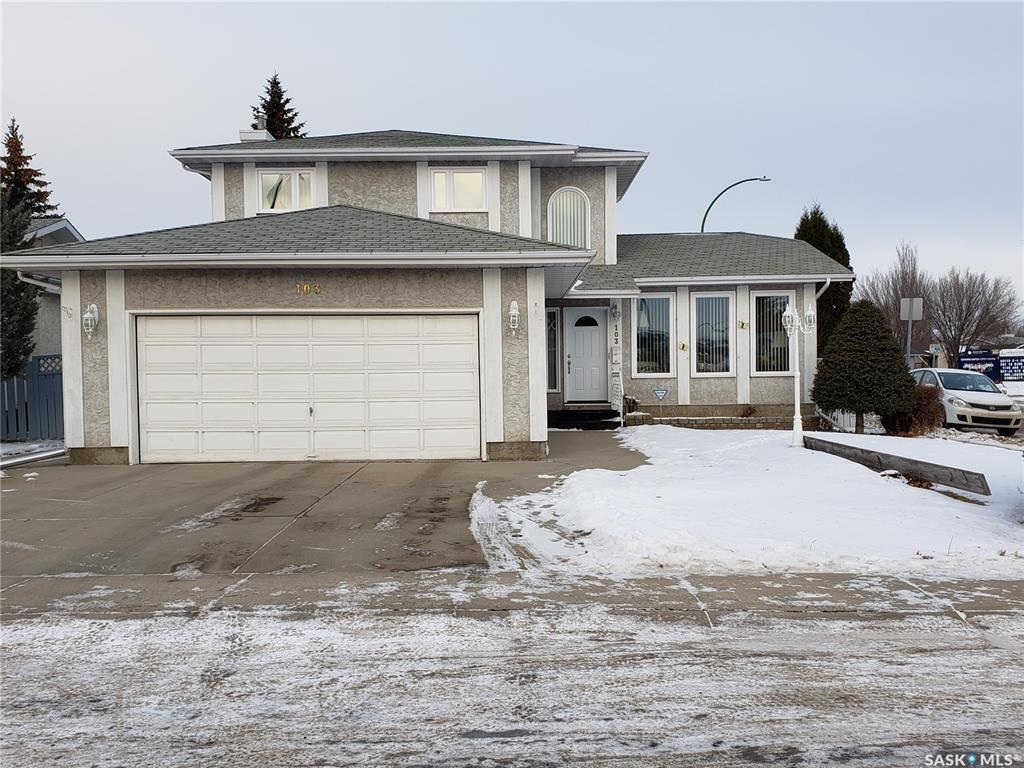 Main Photo: 103 Swan Crescent in Saskatoon: Lakeridge SA Residential for sale : MLS®# SK795666