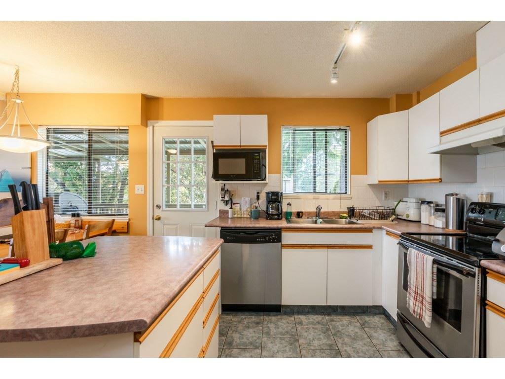 Main Photo: 3068 CAMBRIDGE Street in Port Coquitlam: Glenwood PQ House for sale : MLS®# R2456253